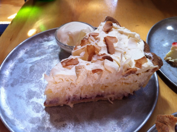 Pie Tin: rhubarb and coconut pie