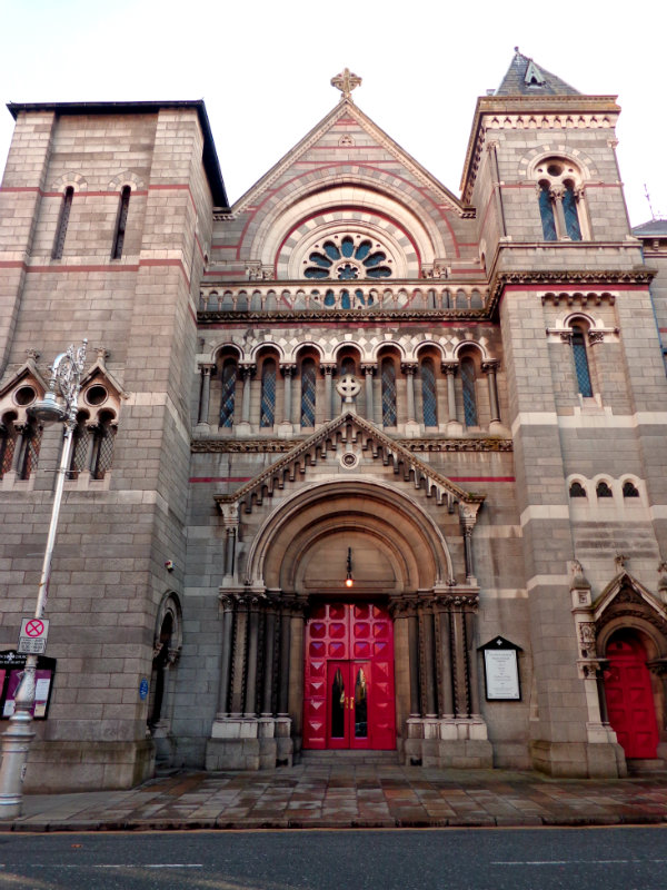 Church with red door, Dublin