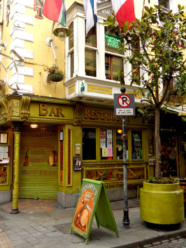 Pub in Temple Bar Dublin
