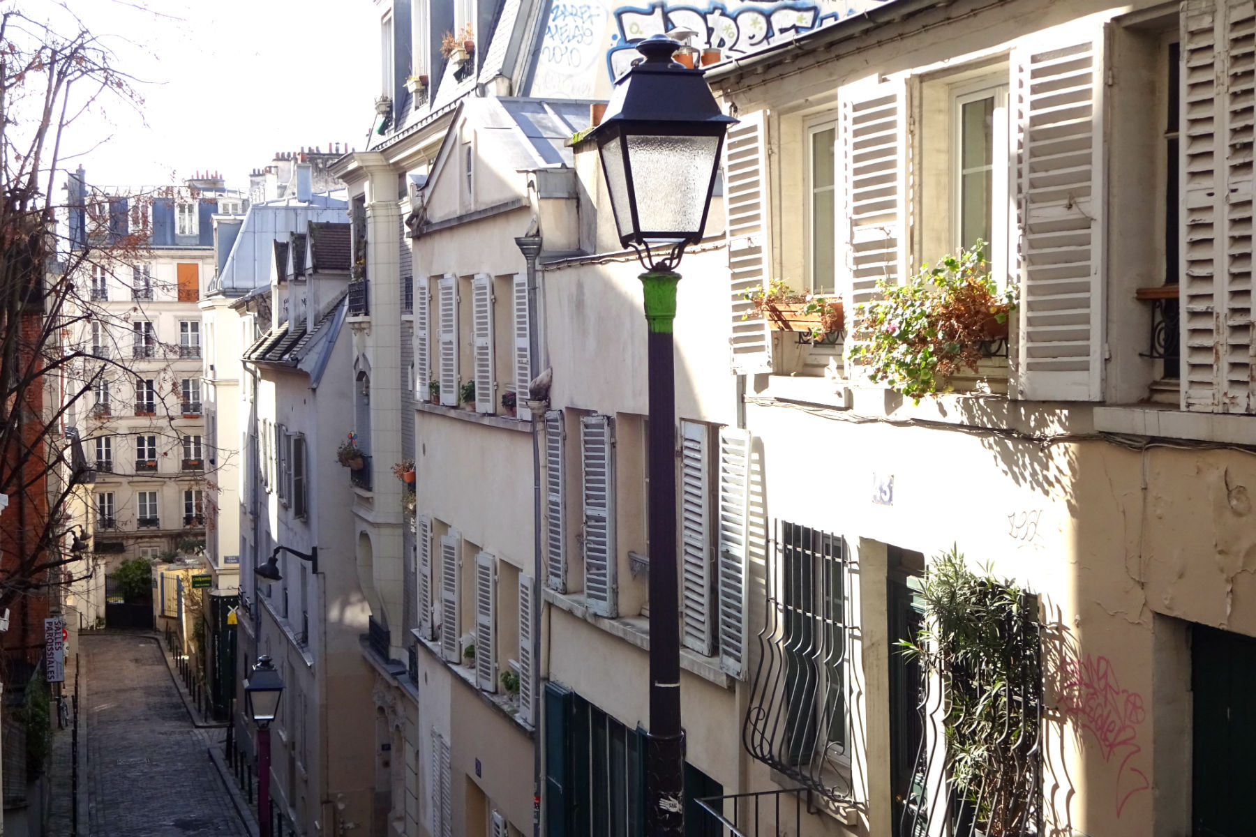 side street in montmartre