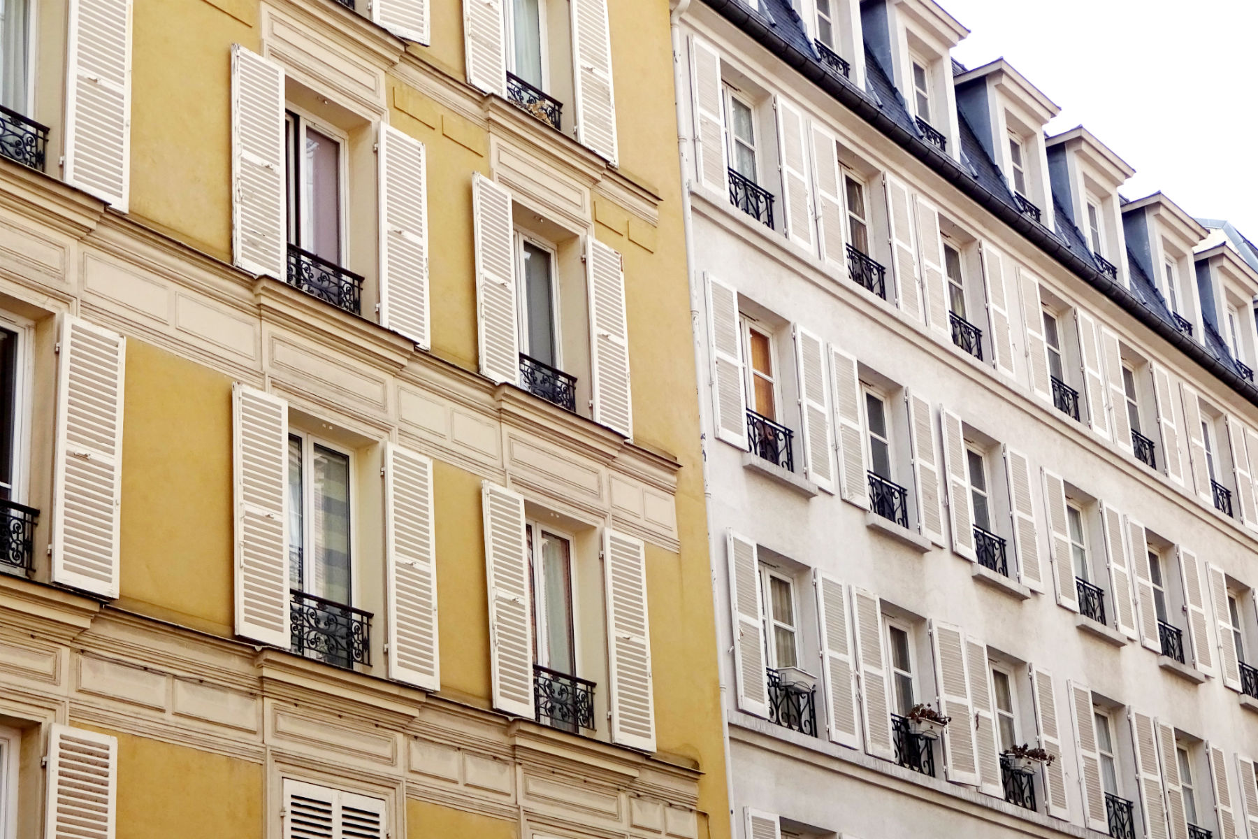 yellow building paris